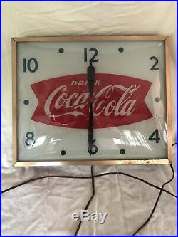 Vintage Swihart 1960s Coca Cola Fishtail Soda 15Lighted Clock Awesome Cond