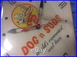 Vintage Working Pam Wall Clock Dog N Suds World's Greatest Root Beer
