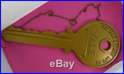 Yale Key Vintage Original Giant Lock Shop Display Sign with Chain nr Kettering